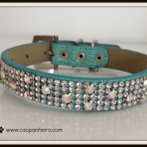 Blue crystal collar